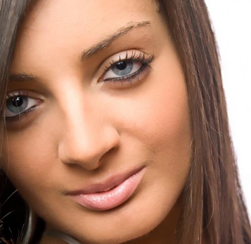 Макияж для синих глаз шатенка