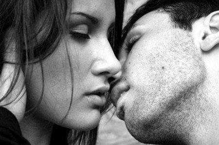 Почему полезно целоваться
