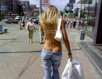 Русские девушки за границей шокируют своим видом и одеждой